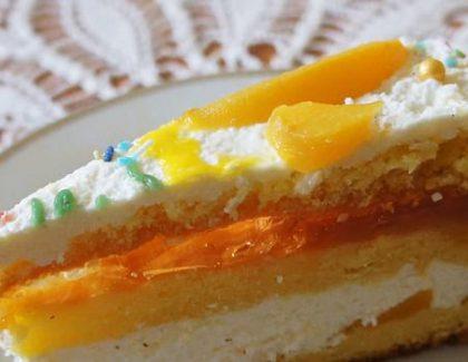 Tort brzoskwiniowy – przepis