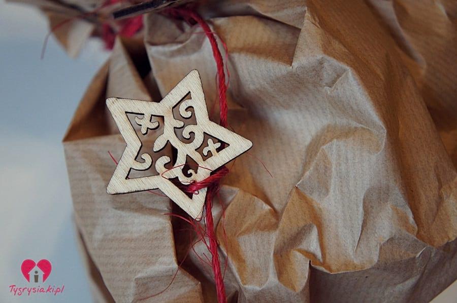 Gwiazdki - jak udekorować prezenty