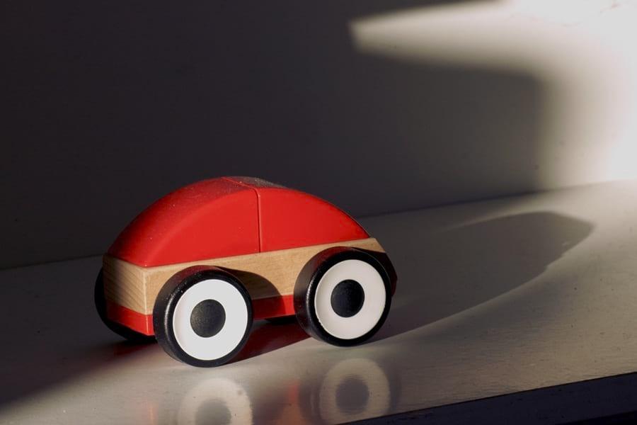 samochod-zabawka-dla-chlopca