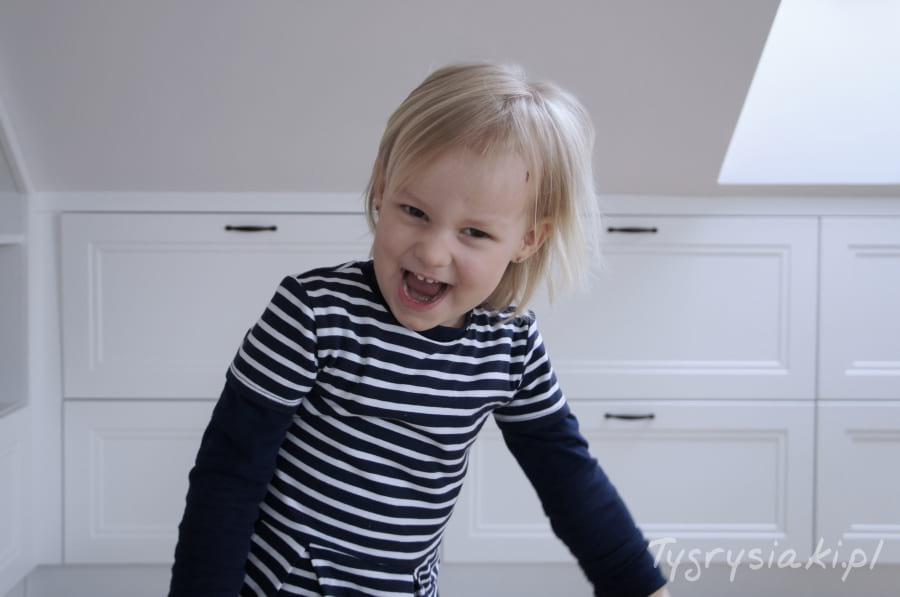 dziewczynka-usmiech
