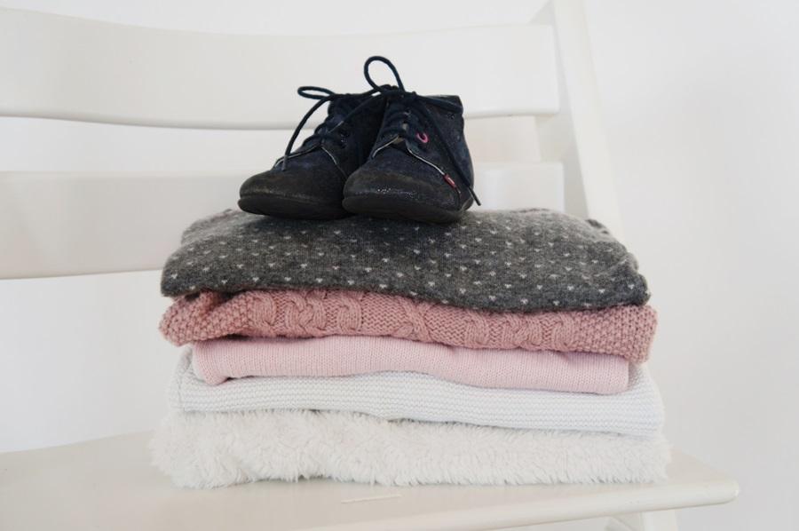 ubranka-sweterki-po-dziecku