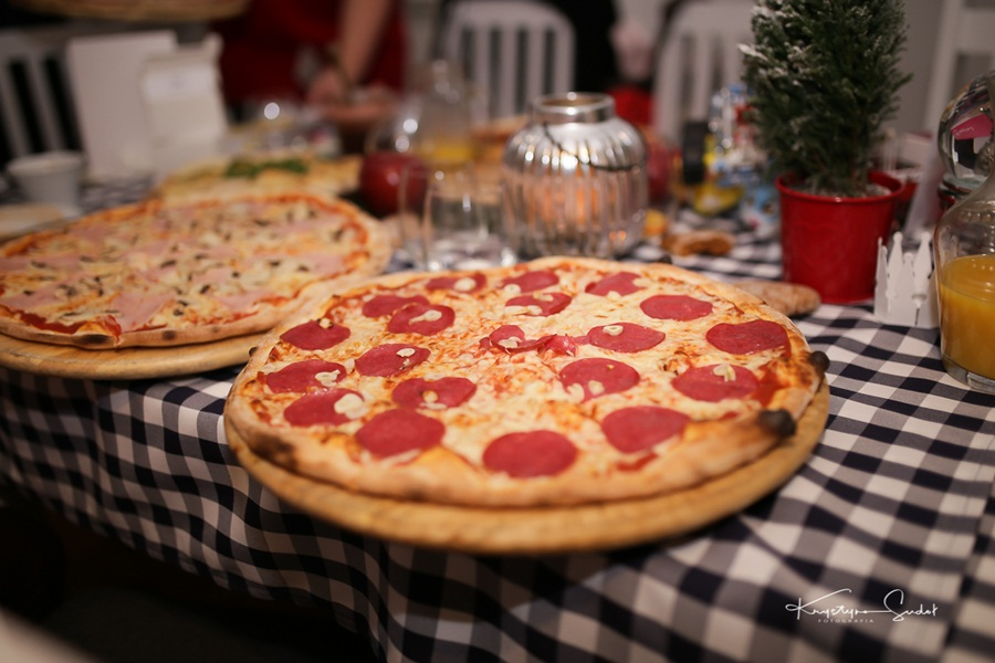 pizza-kto-wypuscil-skowronka