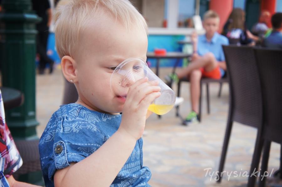co-do-picia-dla-malego-dziecka