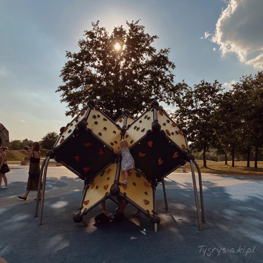 boleslawiec-skatepark-co-robic-z-dzieckiem